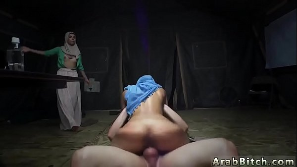 Arab, Sex in public